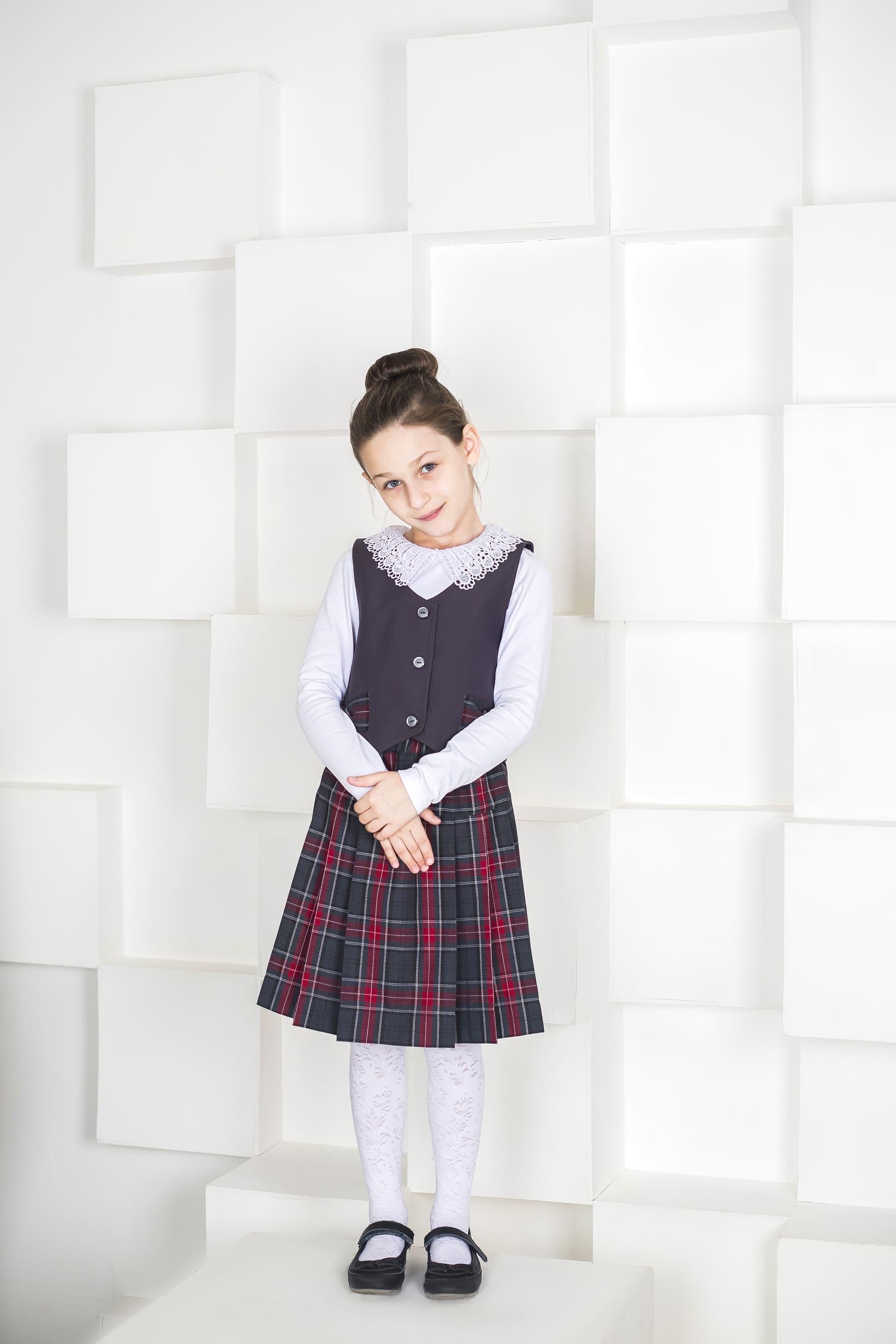 Костюм тканевый для девочки (юбка + жилет) в Челябинске, Магнитогорске, Учалах, Уфе, Белорецке.